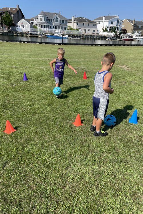 kids sports trainers